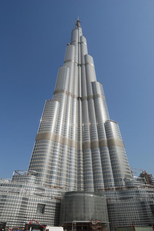 Burj tower mit edelstahl der in deutschland hergestellt worden ist
