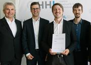 Delighted about the 2017 HHL Best Founders Award: Martin Jähnert, CEO of the startup Binee.