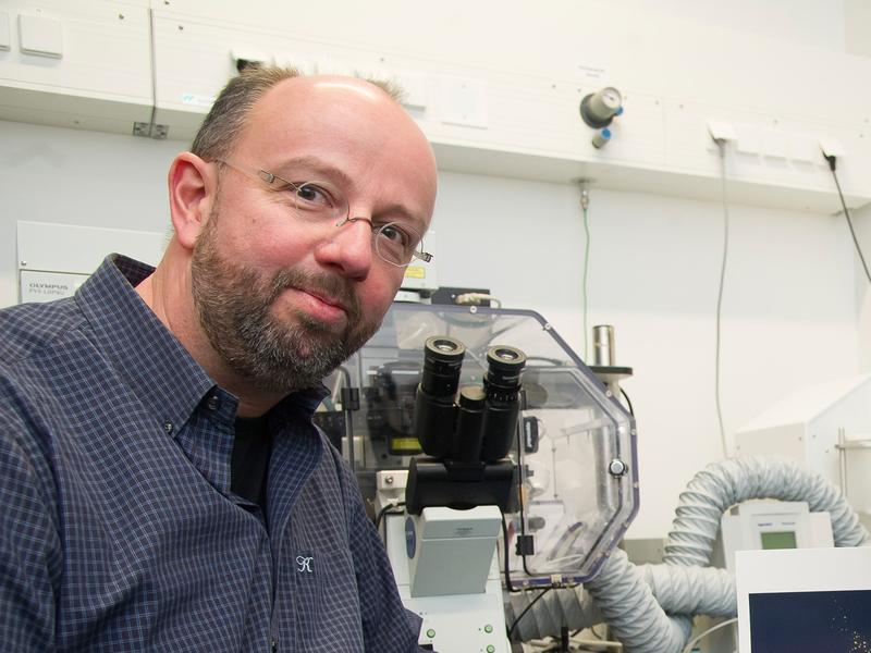 Prof. Dr. Jörg Höhfeld vom Institut für Zellbiologie der Universität Bonn.