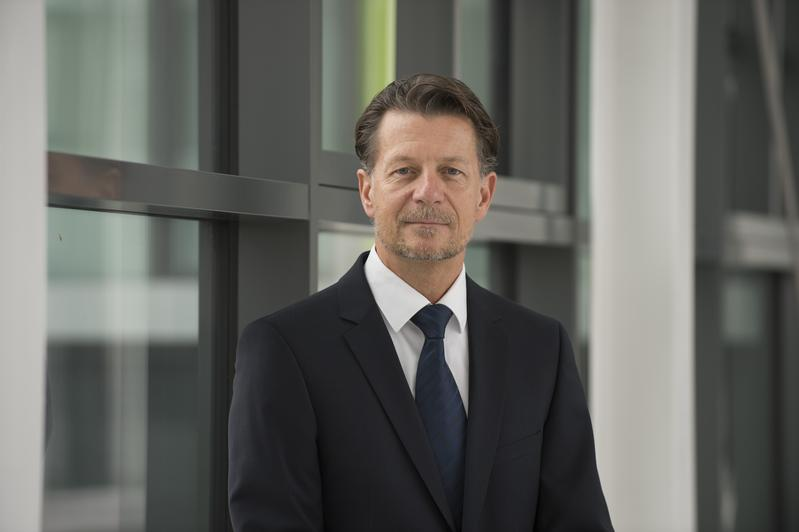 Dr. Markus Wolperdinger has headed the Fraunhofer IGB since March 1, 2018.