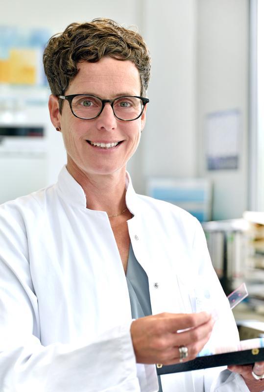 Die Biologin Prof. Dr. Britt Wildemann ist neue Professorin für Experimentelle Unfallchirurgie am Universitätsklinikum Jena