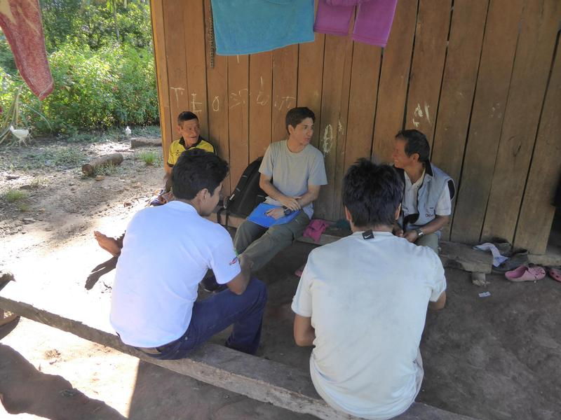 Renzo Giudice (in the centre of the picture) visited several indigenous communities in Peru that participated in the conservation program and asked them about their experiences.