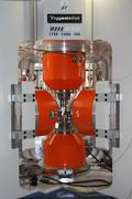 The MOVA high-pressure press in the Bavarian Research Institute of Experimental Geochemistry & Geophysics (BGI) of the University of Bayreuth can generate pressures of up to 15 gigapascals (GPa) and heat up rock samples to more than 2,000 degrees Celsius.