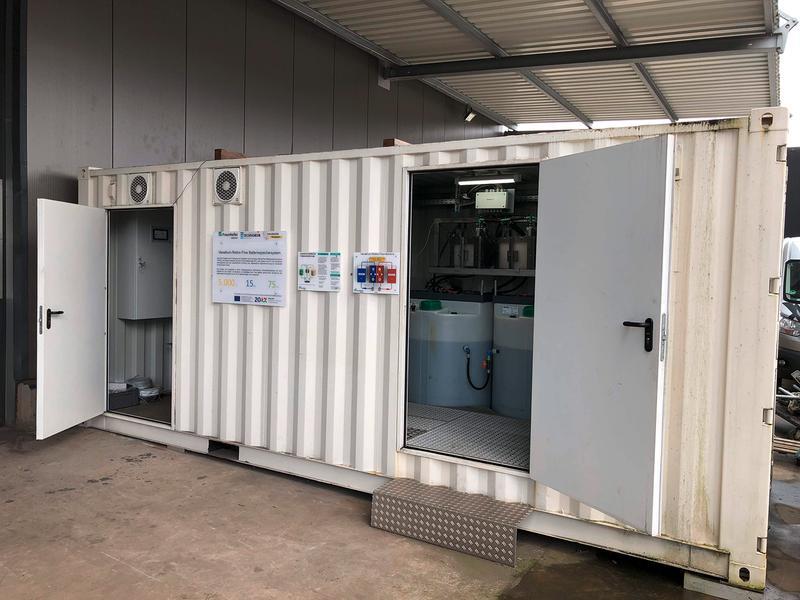 Anlagencontainer mit Redox-Flow-Batterie.