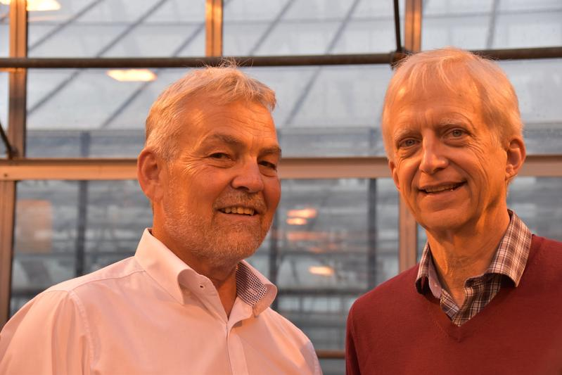 From left to right: Dr. Stephan Winter (DMSZ) and Dr. Jim Lorenzen (Gates Foundation)